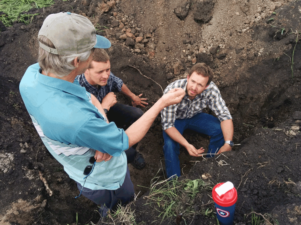 Steve-Crudge_Jason-Rottier_Luke-Donnan_Soil-Pit